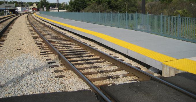Rail Platform New Lenox Station in Chicago