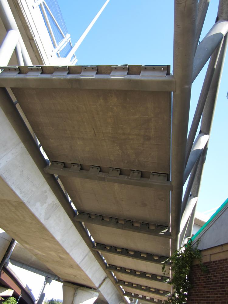 05-deck-provides-shear-stiffness-to-bridge.jpg