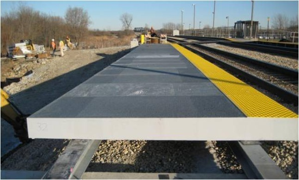 01-FRP-platform-panels-with-tactiles-and-non-slip-surface.jpg