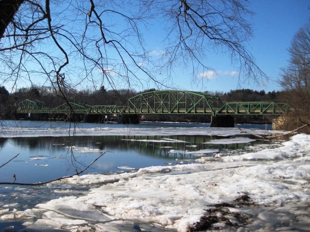01-Six-Span-Historic-Steel-Truss-Bridge.jpg