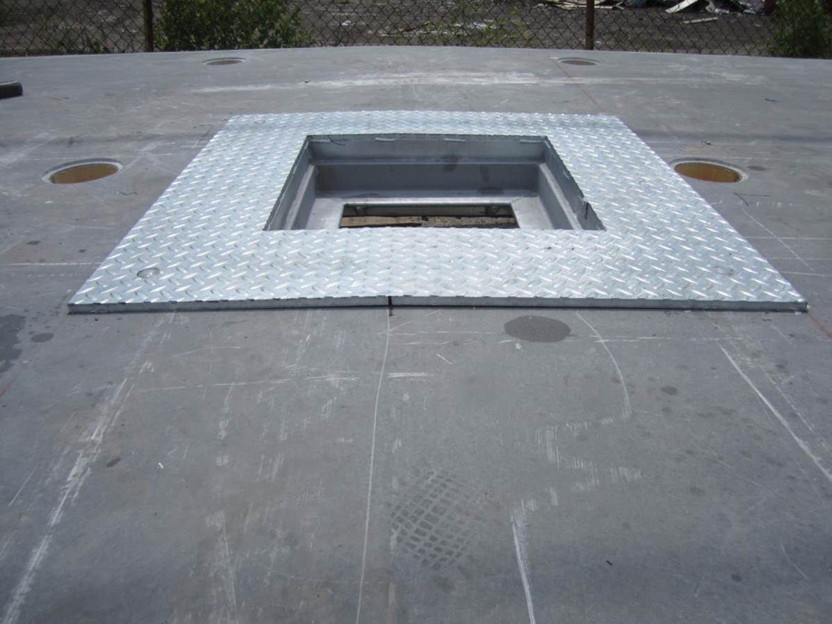18-Manhole-for-Access-to-Capstan.jpg