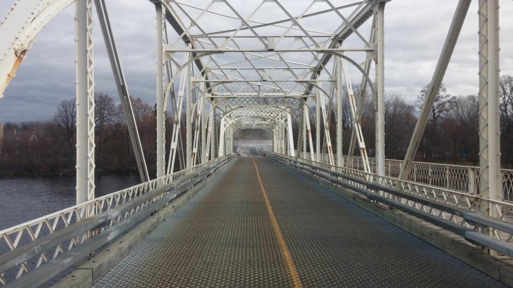 1._Old_Minto_East_bridge.jpg