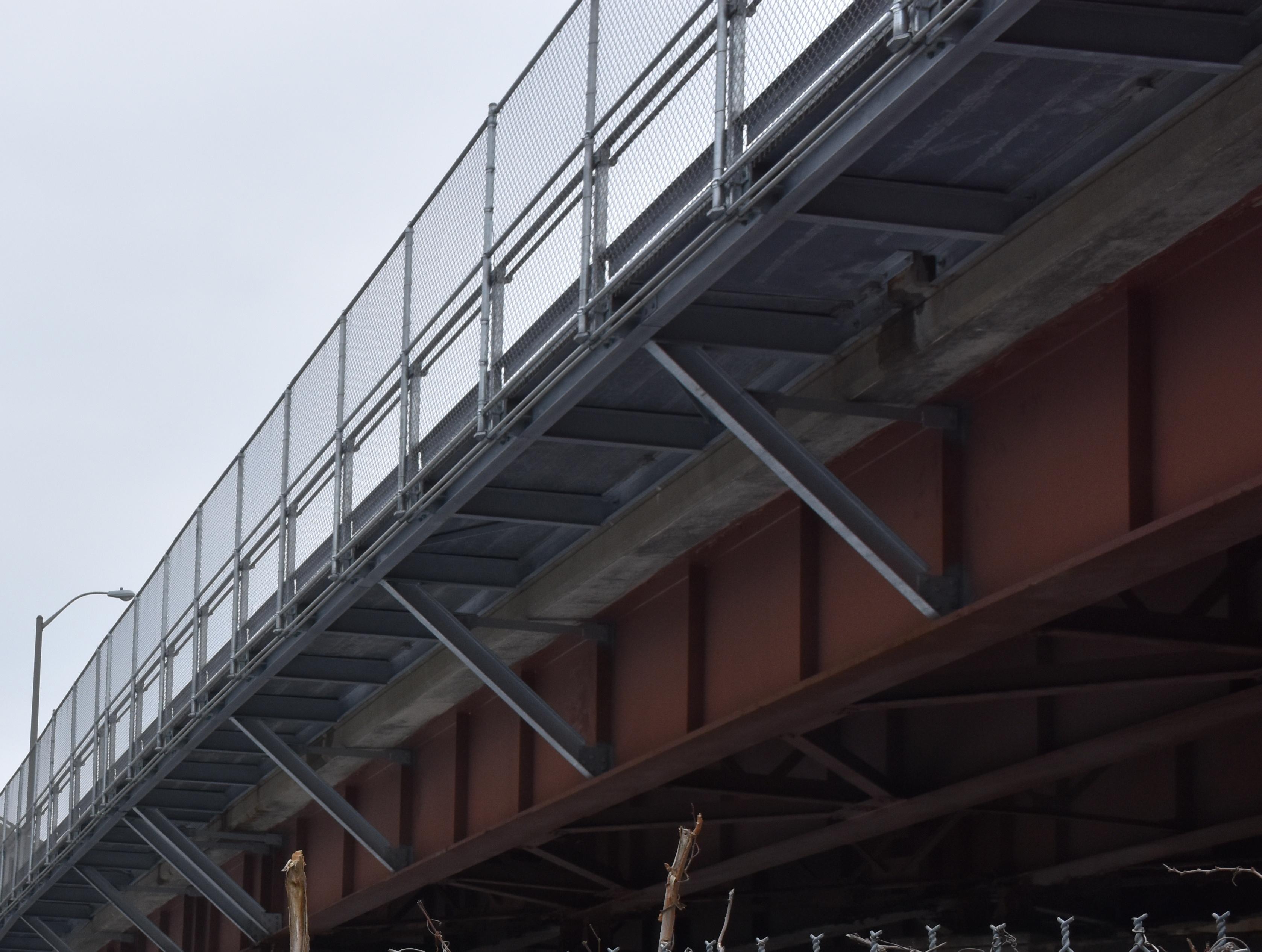 7 - Underside of bridge with railing