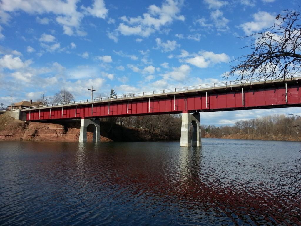 1._Wilson-Burt_Bridge_with_Finished_Cantilever_Sidewalk-min_1-1