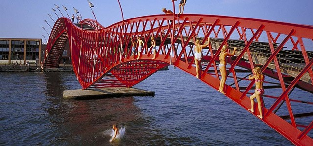 Amsterdam Ped Bridge 2.jpg